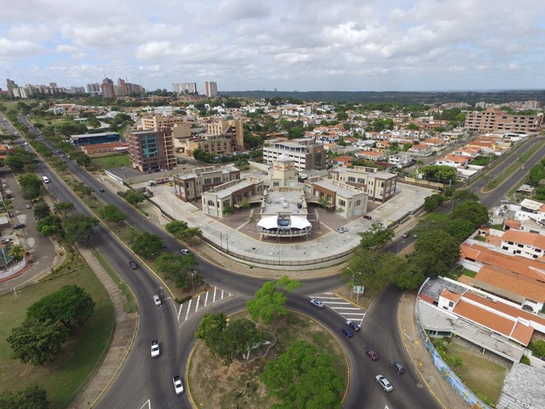 local comercial en venta puerto ordaz chilemex